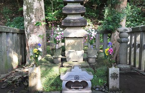 源頼朝が開いた鎌倉幕府跡地は今?大蔵幕府跡と源頼朝の墓を巡る歴史旅