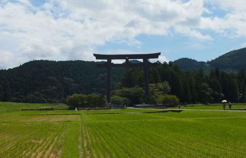 日本有数のパワースポット熊野三山で、悠久の謎に包まれた神々に出会う旅