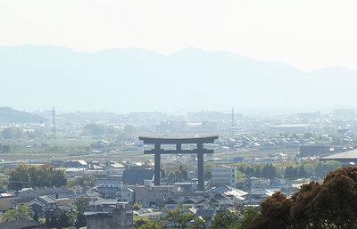 奈良・三輪山の麓、大神神社と纏向遺跡へ!国の始まりの地と言われるパワースポットを巡る旅