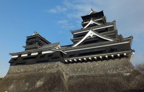 九州が天下に誇る熊本城、加藤清正が心血を注いだ名城の歴史ドラマを楽しむ旅