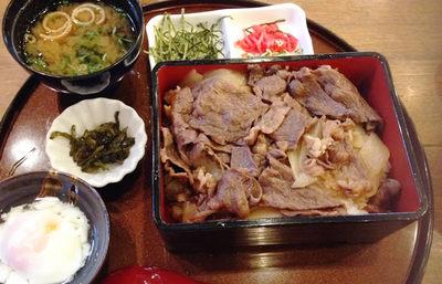 淡路島、淡路ビーフで作る淡路島牛丼【みんなで楽しむご当地グルメ】