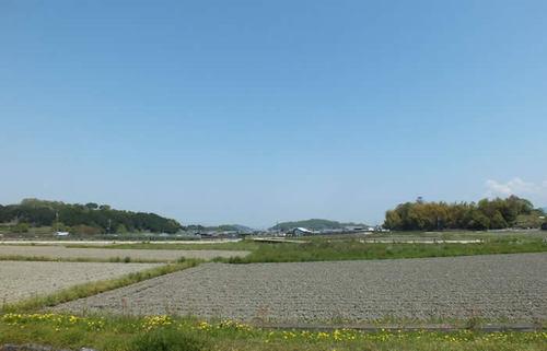 明日香村、日本の心の故郷とも言われる地で、遺跡古墳と不思議な石造物に出会う旅