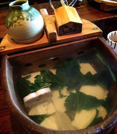 京都・豆水楼、水分を絞らない特製おぼろ豆腐と湯豆腐を堪能!【みんなのご当地グルメ体験記】