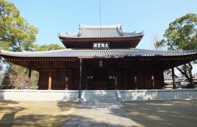 日本茶発祥の地、そして日本最初の禅寺、博多の聖福寺で禅の真髄に触れる旅