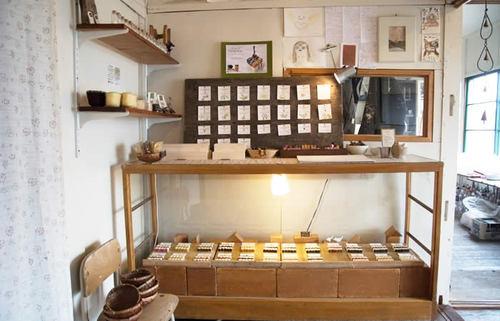 天然素材100%、世界にたった1つのクレヨンを作り続ける北海道の小さな工房を巡る旅