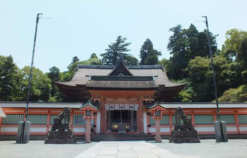 久留米・高良大社、九州を代表する火の祭祀の奥に見える高良玉垂神の謎を知る福岡旅