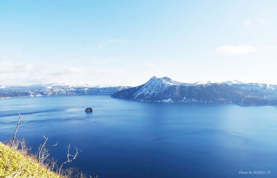 人の立ち入りを許さない摩周湖、魔神の湖と敬われたこの湖の神秘に触れる摩周旅