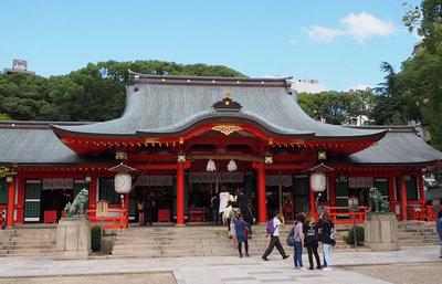 生田神社、神戸の中心地でこの街の歴史と由来がわかるかけがえのない甦りの社を訪ねる旅