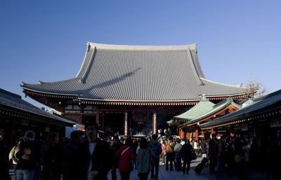 東京最古の寺・浅草寺、年間約3,000万人が訪れる観音霊場で50箇所のご利益スポットを巡る旅