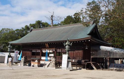 伊弉諾神宮、国産み神話によって最初に生まれた島でその中枢にあった一宮を訪ねる旅