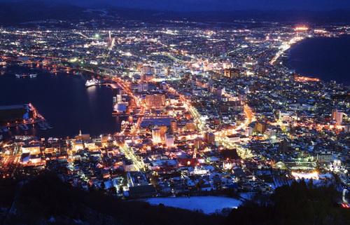 類稀な美しさの日本三大夜景!夜景の中の極上、函館・神戸・長崎のビュースポットを巡る旅