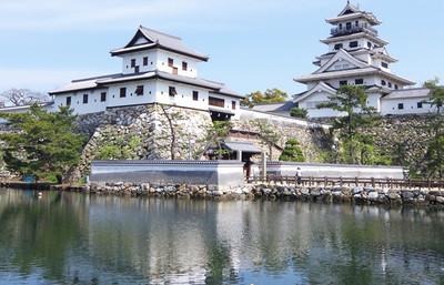 日本が誇る三大水城へ!城好きには堪らない讃岐高松城、伊予今治城、豊前中津城の魅力を知る旅