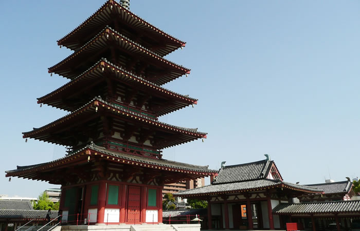 中心伽藍の五重塔