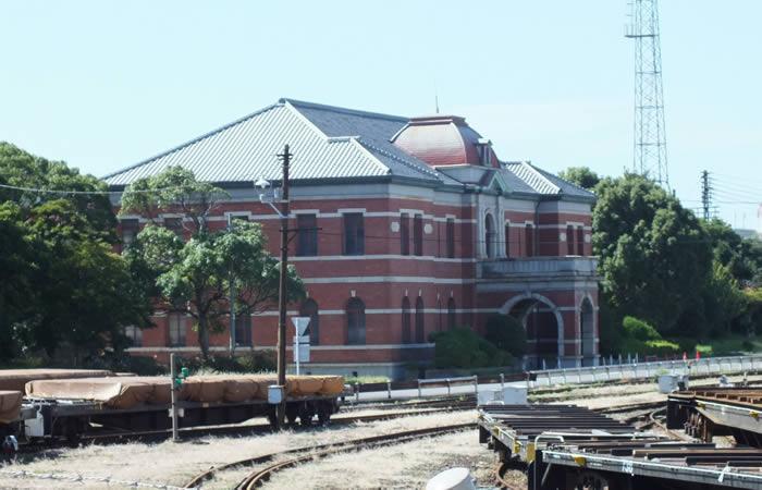 明治32年(1899年)に竣工した初代の本事務所