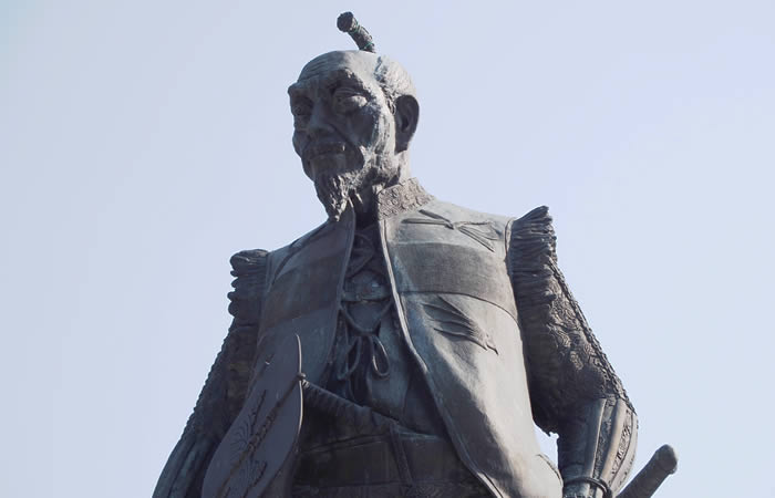 豊國神社内の豊臣秀吉像