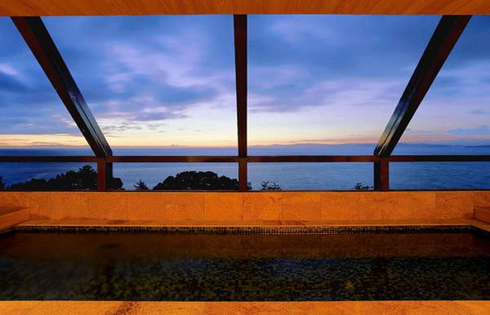 海のホテル島花、最上階の展望浴室