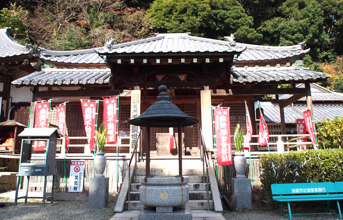 淡路島にある東山寺の本堂