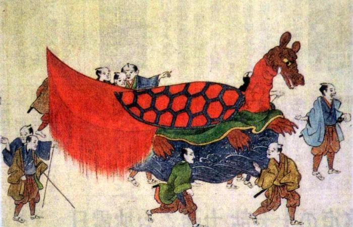 妙見祭の亀蛇(きだ)