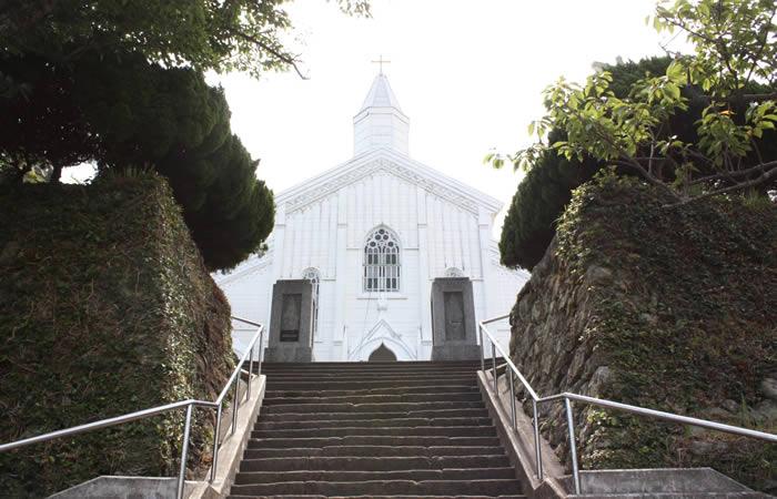木造の水の浦教会