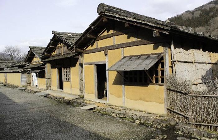 復元された町屋の風景